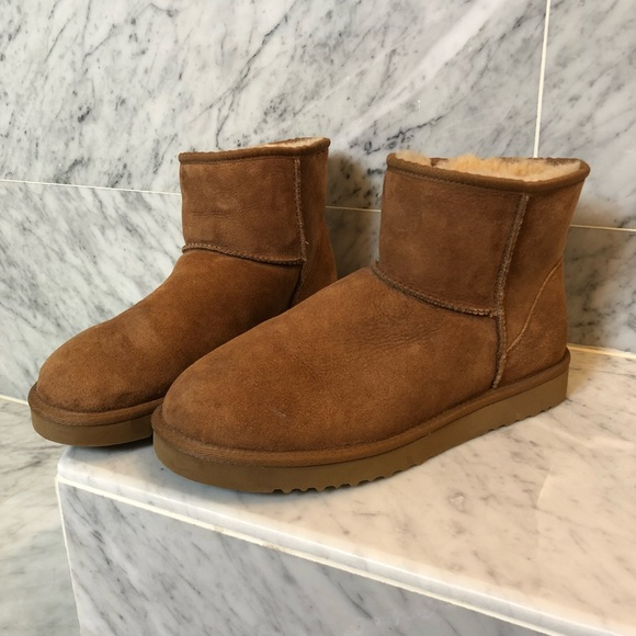 219508a96b1 UGG Classic Mini Boot, Chestnut Size 10W